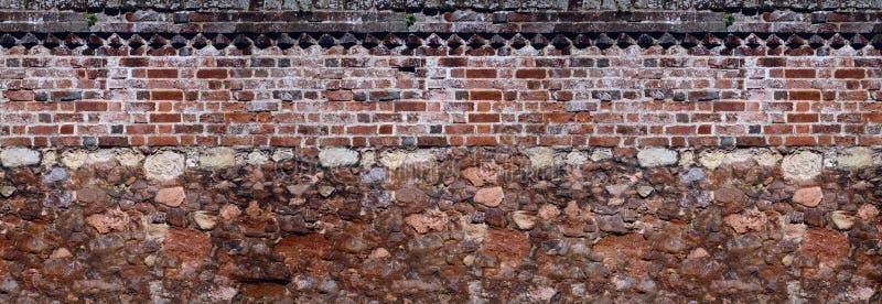 Pareti insieme vecchie della muratura e della muratura fotografia stock libera da diritti