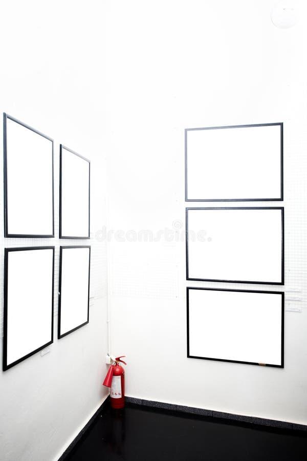 Pareti in museo con i blocchi per grafici fotografie stock libere da diritti