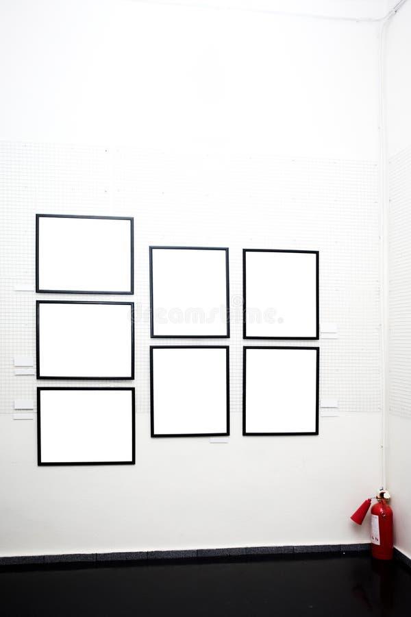 Pareti in museo con i blocchi per grafici fotografia stock libera da diritti