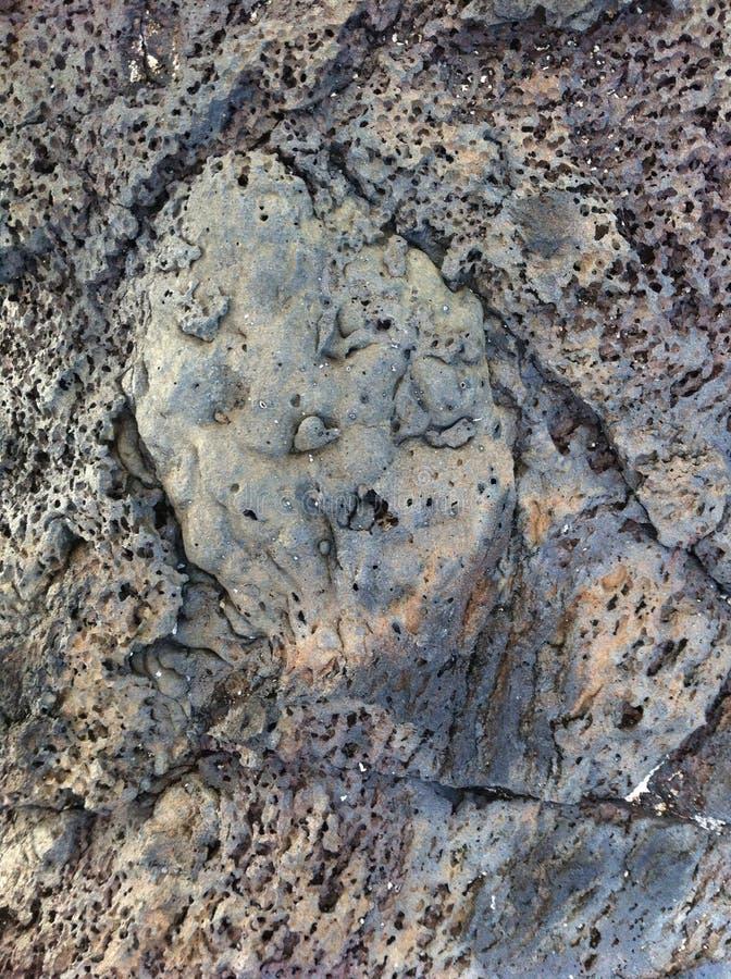 Pareti rocciose della lava Strutture minerali in natura immagine stock libera da diritti