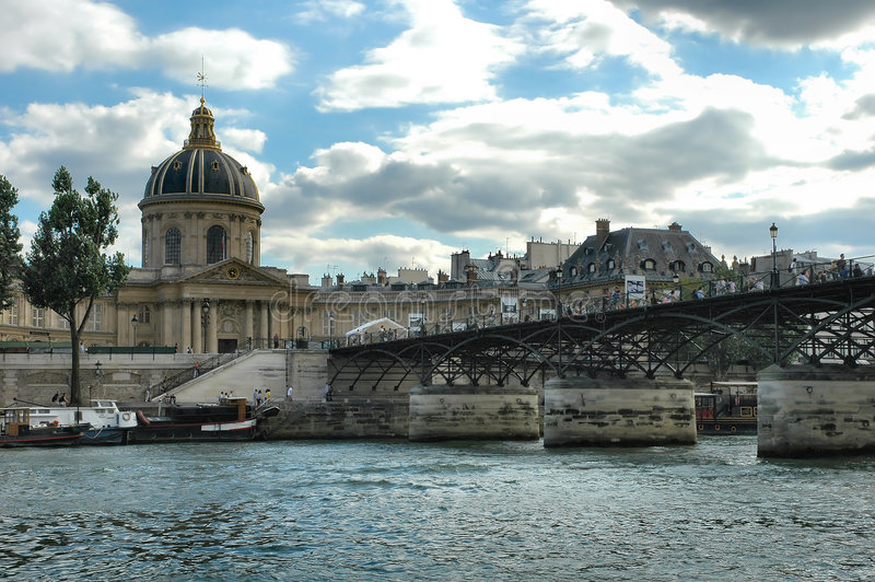 Download Parigi fotografia stock. Immagine di ferro, ponticello - 200358