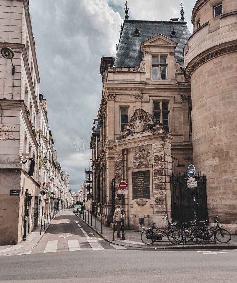 Parigi, Francia, giugno 2019: Vie di Parigi fotografie stock