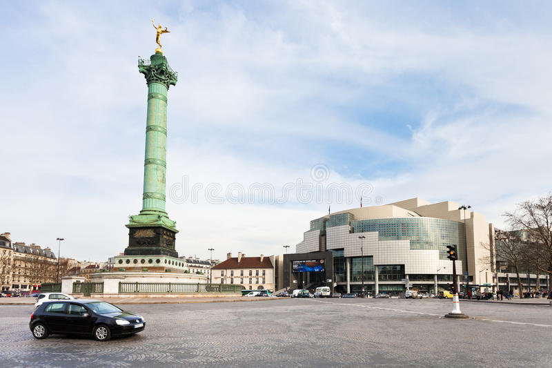 Panorama di Place de la Bastille a Parigi fotografia stock libera da diritti