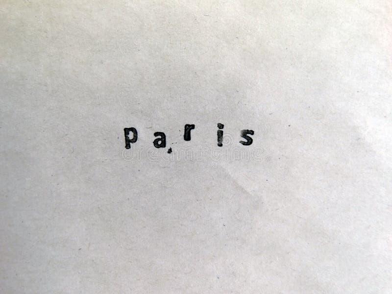 Parigi ha timbrato su una vecchia carta fotografie stock
