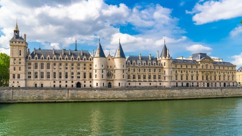 Parigi, il Conciergerie fotografie stock