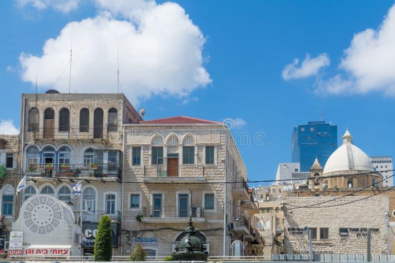 Parigi quadra, la chiesa di Maronite a Haifa fotografie stock