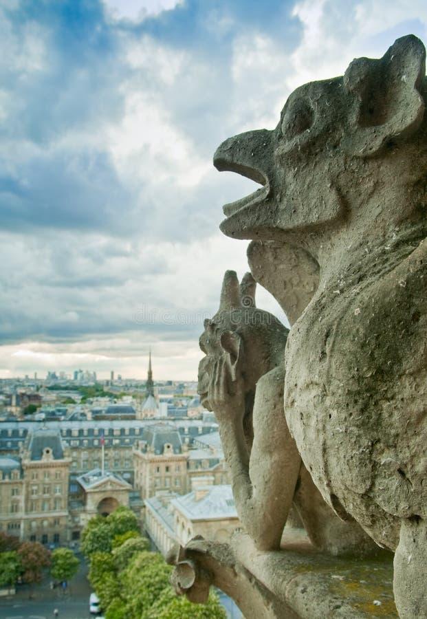 Parigi tempestosa immagine stock