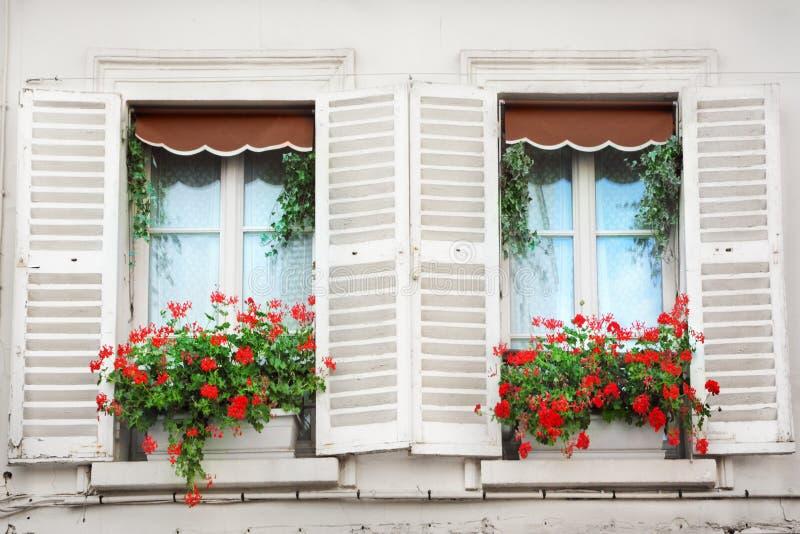 Parigi Windows fotografia stock libera da diritti