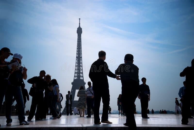 Parijs bij schemering 2 stock afbeeldingen