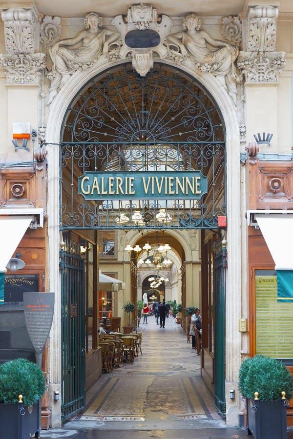 Parijs, de ingang van Galerie Vivienne, passages stock fotografie