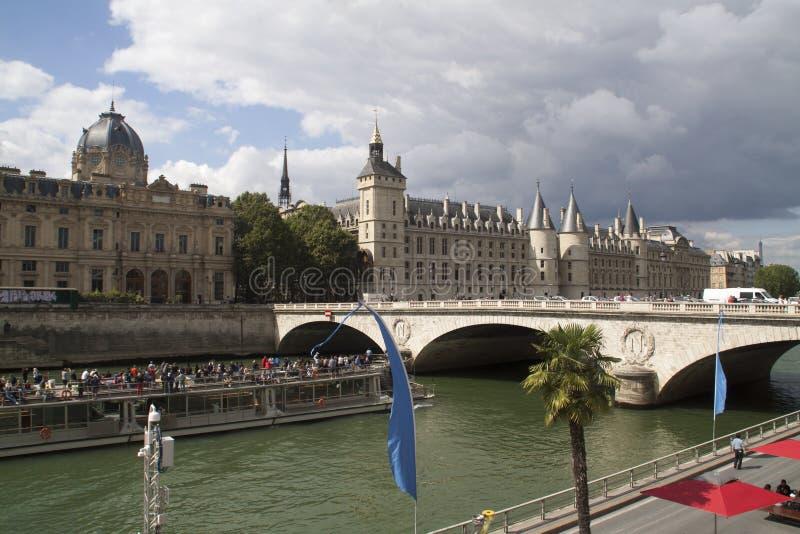 Parijs in de Zomer stock foto's