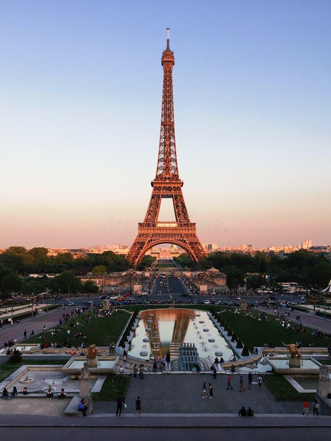 """Parijs, Frankrijk †""""6 Mei, 2018: mening van de Toren van Eiffel in Parijs royalty-vrije stock foto's"""