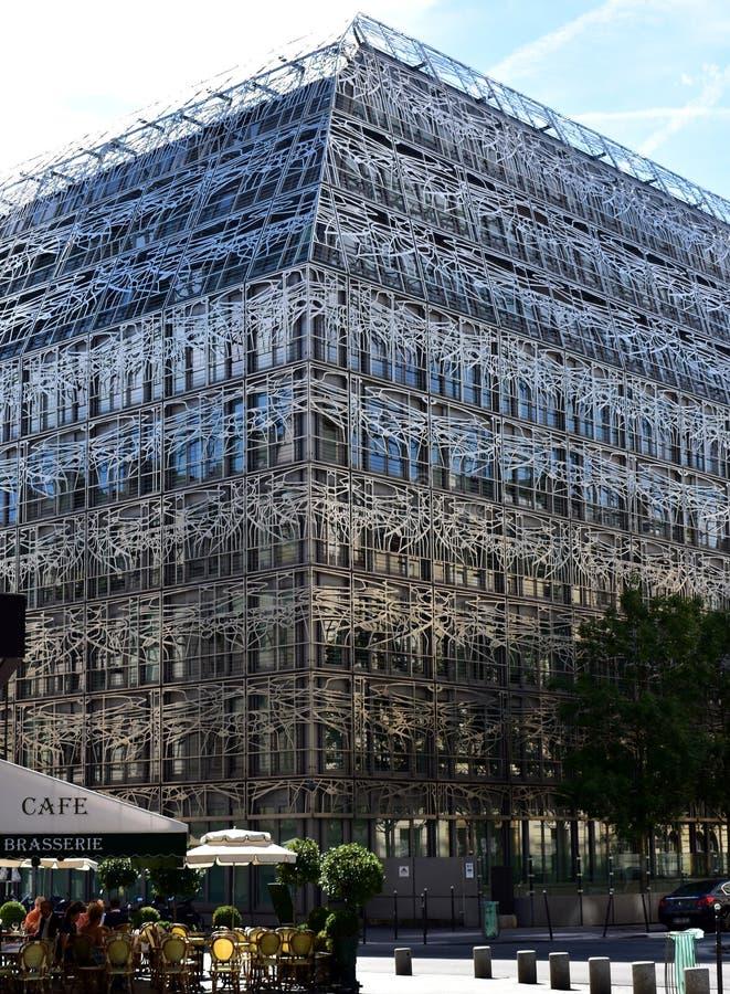 Parijs, Frankrijk, 12 Augustus 2018 Ministerie die van Cultuur en Mededeling, dicht bij Palais Royal bouwen stock foto