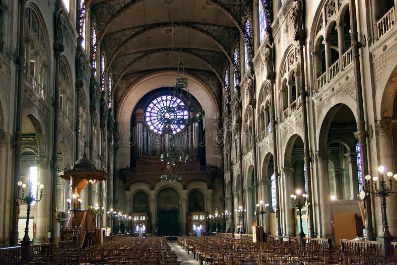 PARIJS, FRANKRIJK, circa april 2016 Binnenland van Kerk van St Augustine stock afbeelding