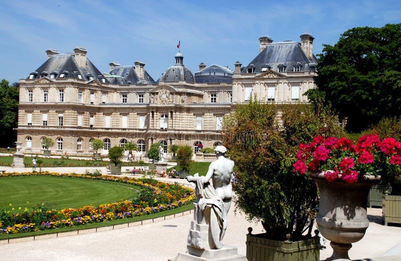 Parijs, Frankrijk: Het Paleis & de Tuinen van Luxemburg royalty-vrije stock afbeelding