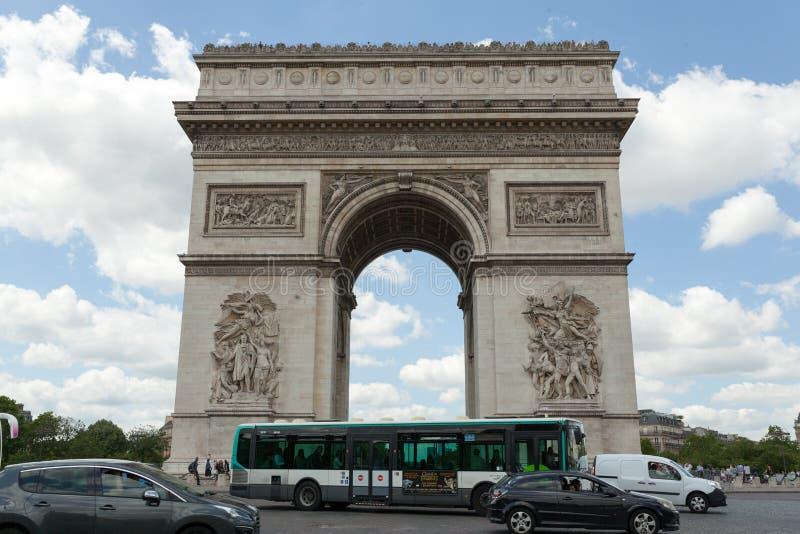 PARIJS, Frankrijk 02 Juni 2018: : De Triomfantelijke boog DE triomphe van Boogde l Etoile royalty-vrije stock foto's