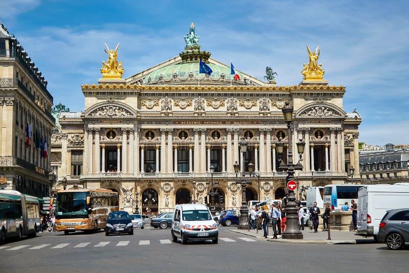 Parijs, Frankrijk - Juni 29, 2015: Palais of Opera Garnier stock foto