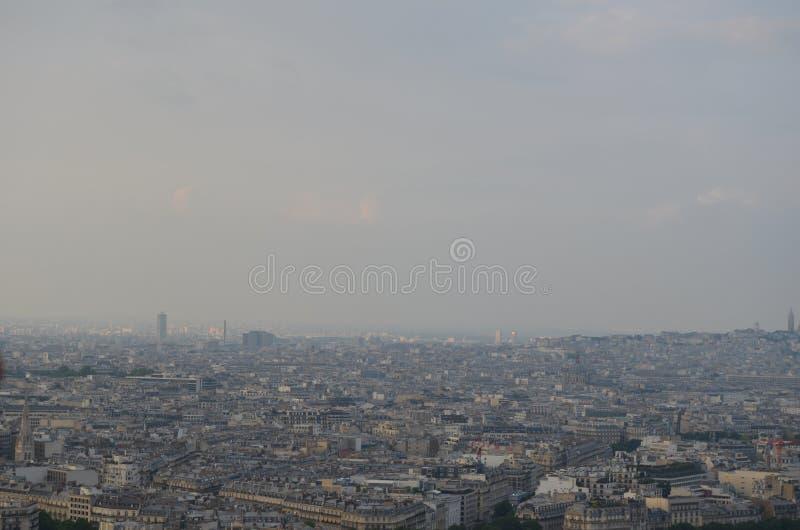 PARIJS, FRANKRIJK - MAART 29, 2014: MENING VAN TORRE EIFFEL stock afbeelding