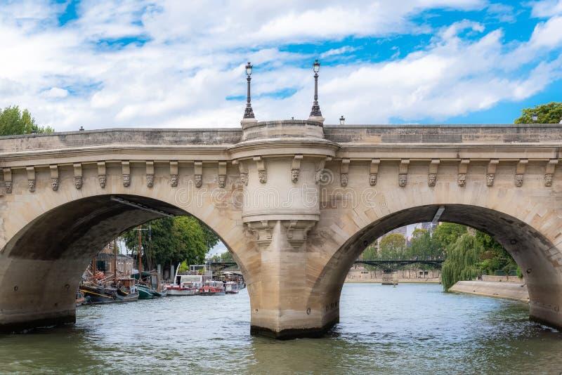 Parijs, het Pont-Neuf stock afbeeldingen