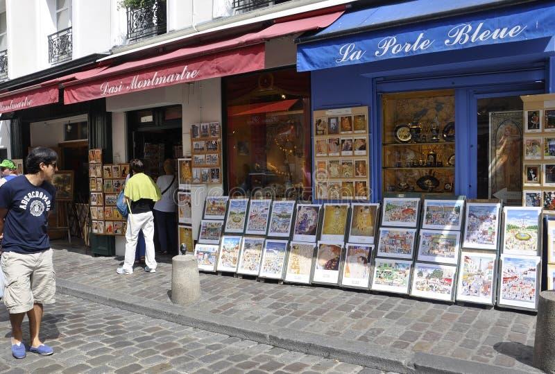 Parijs, 17 Juli: Kunstenwinkels van Montmartre in Parijs royalty-vrije illustratie
