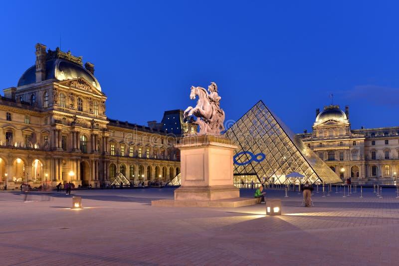 Parijs, Louvre royalty-vrije stock foto's