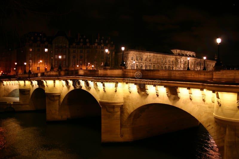Parijs: Pont Nuef stock foto