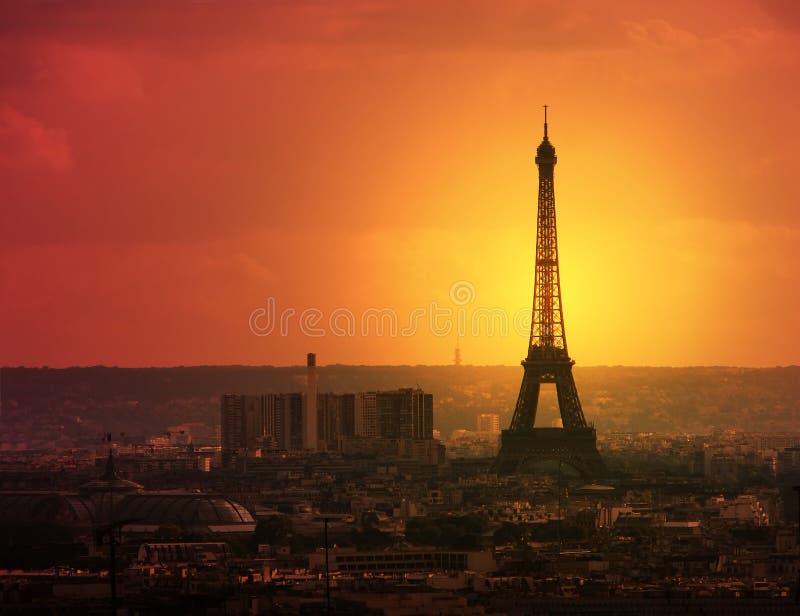 Paris au crépuscule image libre de droits