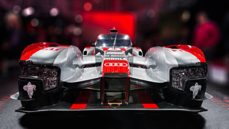 Paris-Autoausstellung 2016 - das Audi R18, ein Auto, das Le Mans 24 Stunden laufen ließ lizenzfreie stockfotografie