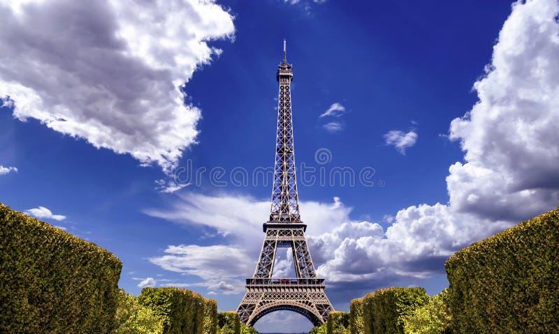 Paris bästa destinationer i den Europa Eiffeltorn royaltyfria bilder