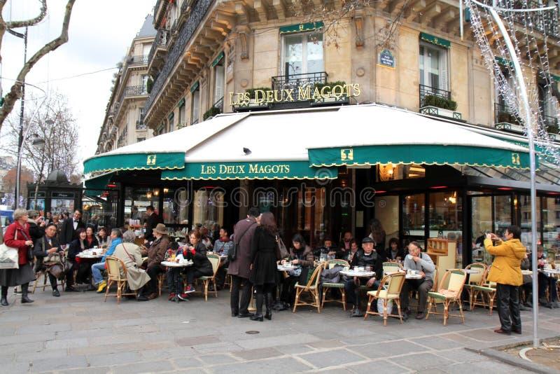 Paris berömd restaurang royaltyfri foto