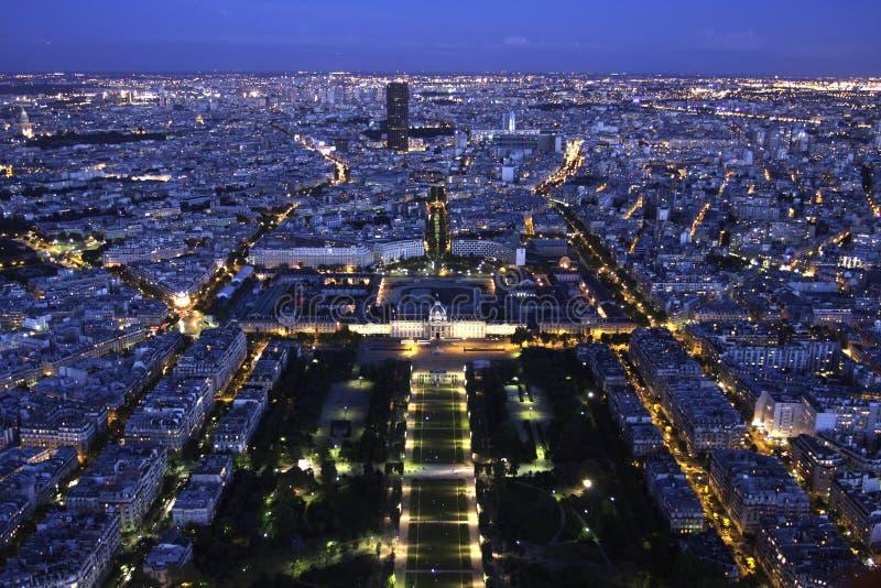 Paris Cityscape vid natt från över arkivbild