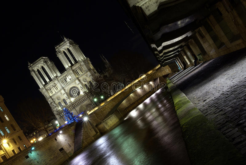 Download Paris Docks With Notre-Dame Cathedral Stock Photo - Image: 23774100