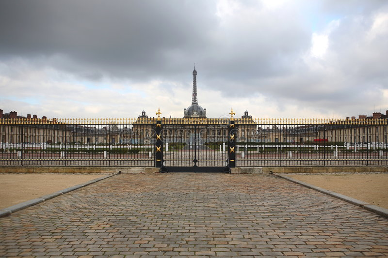 Download Paris, Eiffel Tower, Military Scool. Stock Photography - Image: 7376282