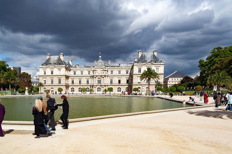 PARIS FRANCE -april 25, 2016 - People in the Garden of Luxembourg Palace stock photography
