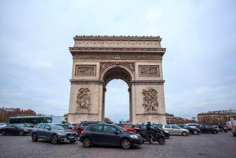 Paris, France - 15 01 2019 : Arc De Triump, situ? au milieu de l'endroit Charles de Gaulle image libre de droits