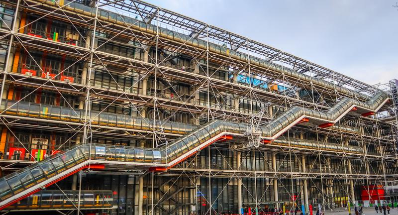 Paris/France - 6 avril 2019 : Façade du centre de Georges Pompidou au printemps photographie stock