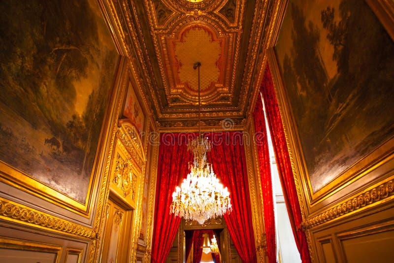 PARIS, FRANCE - 2 OCTOBRE 2016 : Appartements du napol?on III Le mus?e de Louvre est le plus grand mus?e dans le mot avec presque image stock