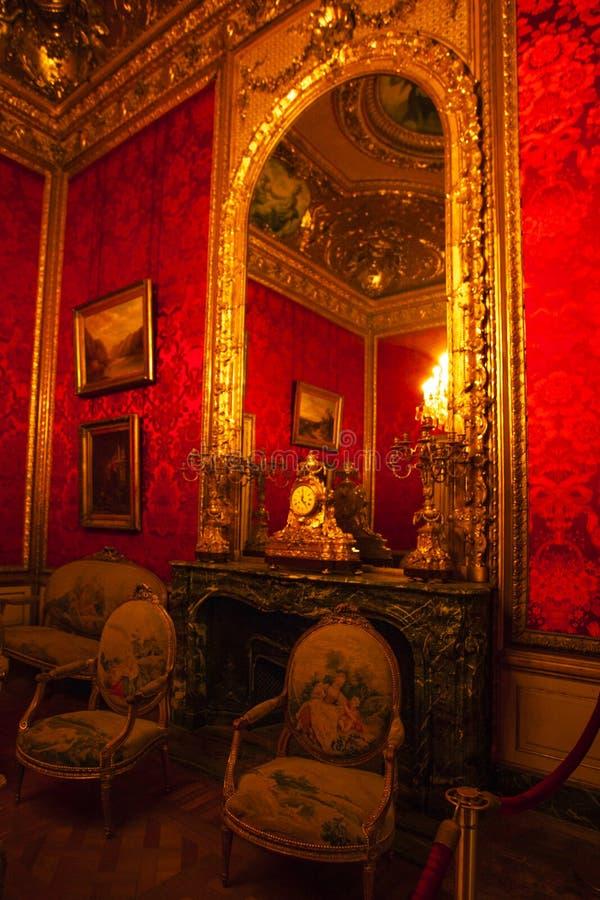 PARIS, FRANCE - 2 OCTOBRE 2016 : Appartements du napol?on III Le mus?e de Louvre est le plus grand mus?e dans le mot avec presque photos stock