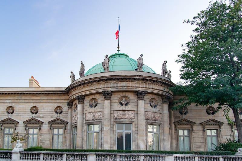 PARIS, FRANCE, VERS 2016 - Musée National de la légion d'honneur et d'ordres de chevalerie, façade image libre de droits