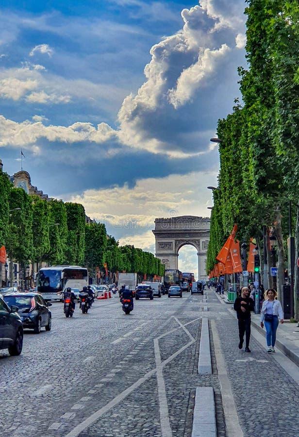 Paris Frankrike, Juni 2019: Arc de Triomphe de l 'Etoile arkivbilder