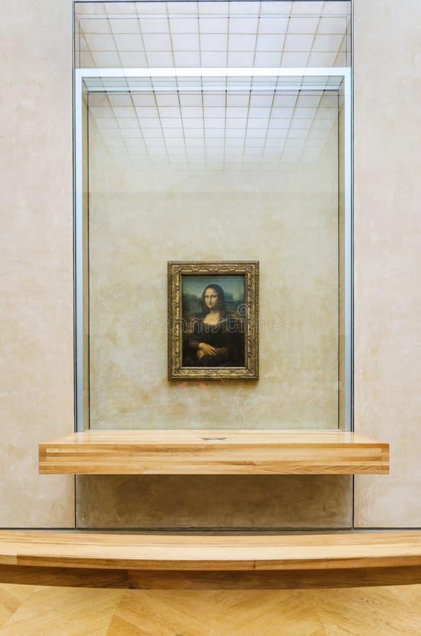 Paris Frankrike - Maj 13, 2015: Leonardo Da Vinci arkivbild