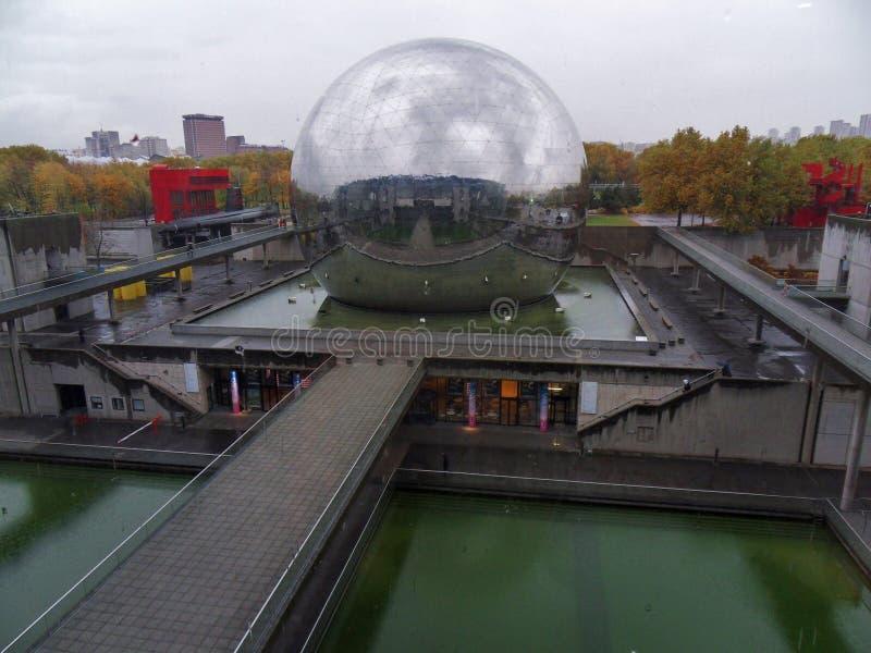 Paris - géode chez les sciences et de l industrie de DES de Cité de ` photographie stock libre de droits