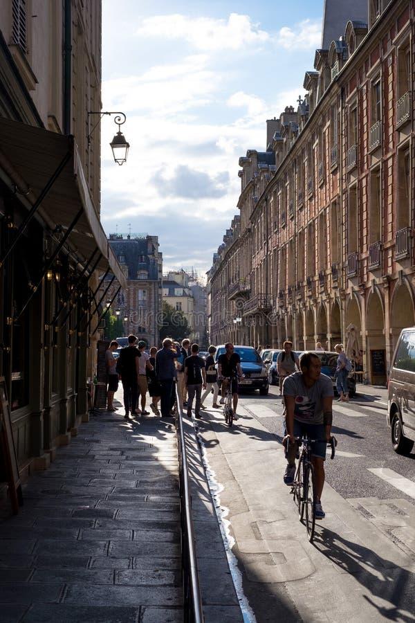 Paris gataplats 7 fotografering för bildbyråer