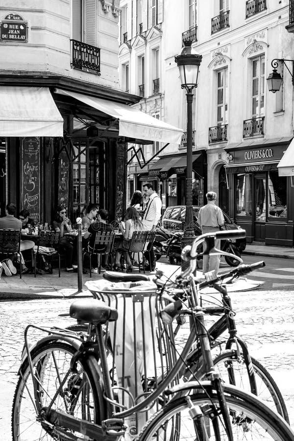 Paris gataplats BW 1 arkivbilder