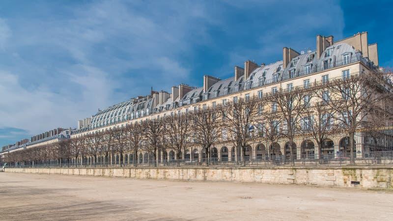 Paris härlig byggnad royaltyfri fotografi