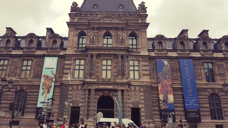 Paris luftventil royaltyfria bilder