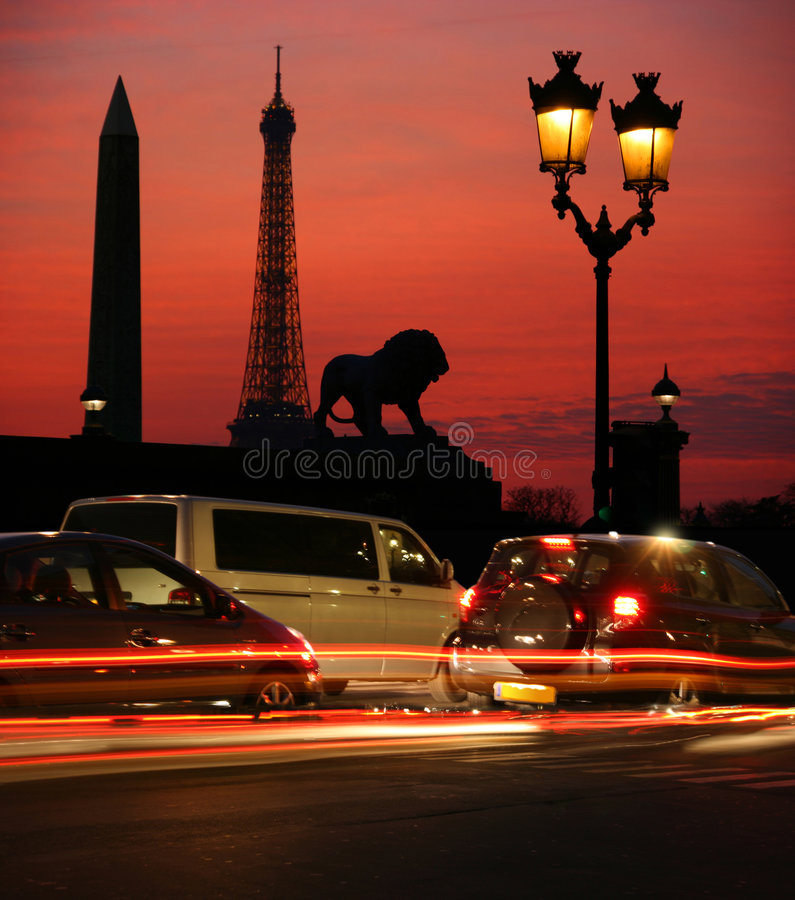 Paris nachts stockbilder