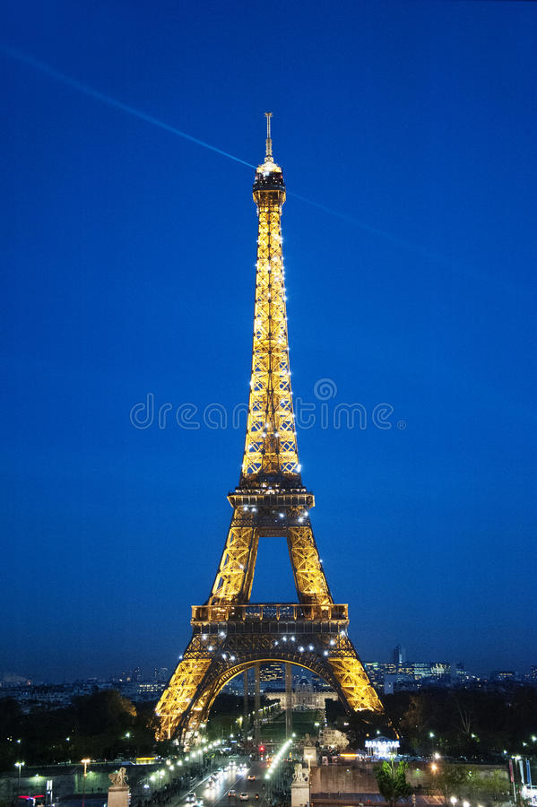 Paris by night: the Eiffel tower