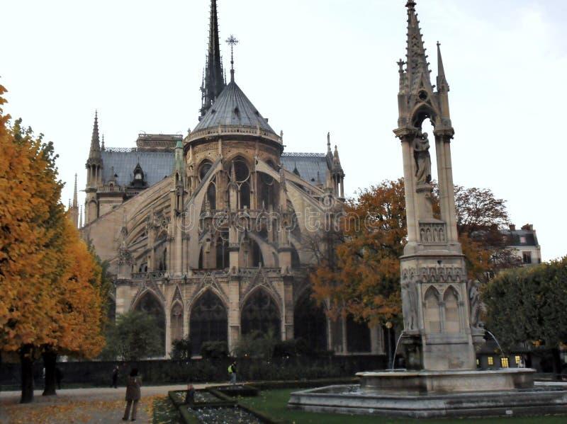 Paris - Notre Dame Cathedral av fyrkantiga Jean XXIII fotografering för bildbyråer