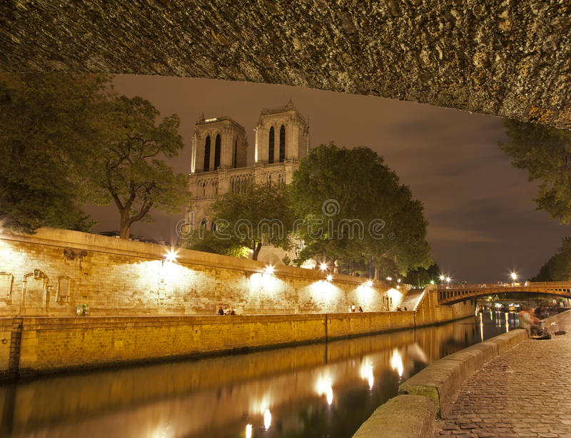 Download Paris - Notre Dame And Riverside Stock Image - Image: 20502895